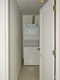 Laundry / Washroom with Washer/Dryer