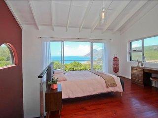 Sartistry Living Holiday Apartment