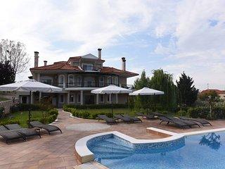 Dafni Apartments-Luxury Villa Calypso