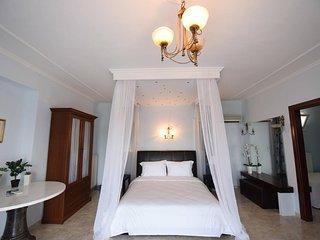 Afroditi Apartments -Luxury Villa Calypso