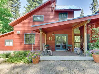 NEW LISTING! Cozy cabin w/ wood stove, deck, & shared pool - easy access to town