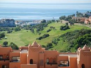 5 STAR Luxury Penthouse with Amazing Terrace and Sea Views - 3 Bed, SKY WIFI