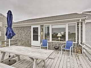 Cozy West Dennis Cottage w/Private Beach & Deck!