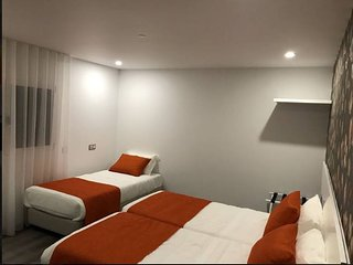 Pinoy House Fatima Triple Room (3 Single Bed w7 Shared Kitchennete)