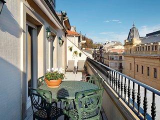 Garibay Terrace by FeelFree Rentals