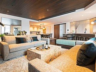 One Empire Penthouse B + Concierge Services