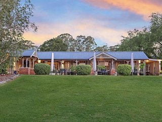 Greystone Estate (15 Bedrooms) - Pokolbin Hunter Valley