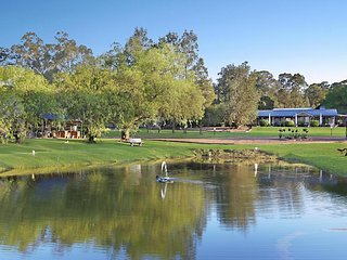 Greystone Estate (11 Bedrooms) - Pokolbin Hunter Valley