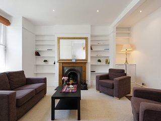 House in London with Internet, Garden, Washing machine (988465)