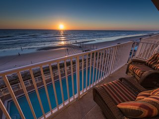 Oceanfront * Daytona Beach Shores * SPECTACULAR VIEWS *