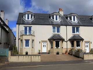 Seaspray, 1 Wadeslea, Elie, KY9 1EB - Fabulous House with stunning views