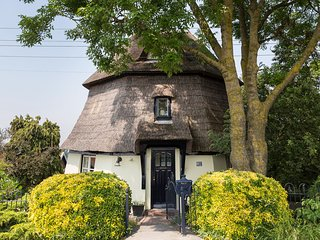 Superb 1836 Windmill Villa ★★★★★ ~25min Rotterdam