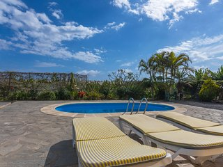 Holiday cottage with private pool in  Tazacorte