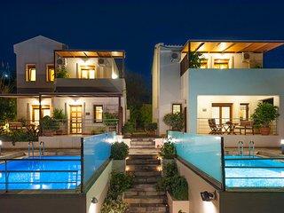 Villa Bluefairy Dafni w/ Priv. Pool, Walk to Restaurants & Lake! 5 km to beach