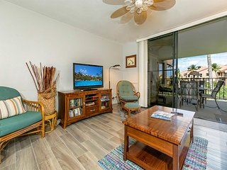 Sweet Upgrades! Gourmet Kitchen, Pool View Lanai, Washer/Dryer–Kamaole Sands