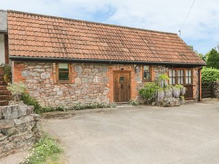HIGH PARK FARM, barn conversion, courtyard garden, pet friendly, WiFi, romantic