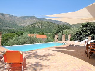 Itri Villa Sleeps 8 with Pool Air Con and WiFi - 5818908