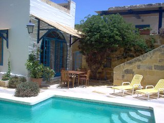 Spacious &comfortable, traditional villa- large private pool, terraces & views