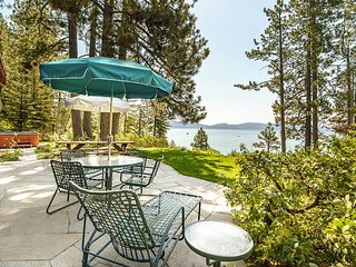4BR Lakefront Escape w/ Private Beach, Hot Tub & Buoy-Near Skiing & Bike Path