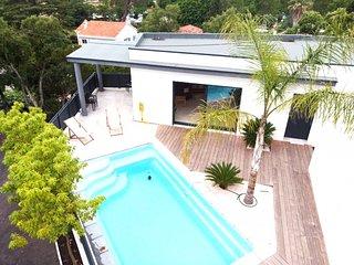 211049 new built 3 bedroom villa, airco, pool 6 x 3, walk to beach and centre