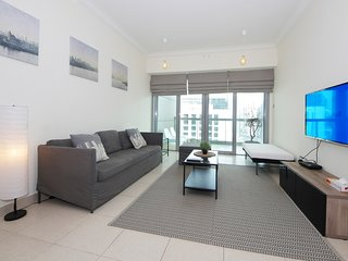 Dubai Holiday Apartment 15526