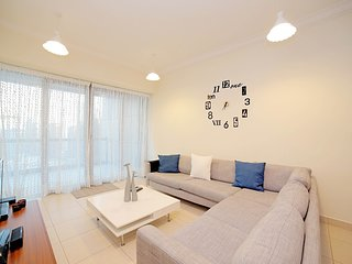 Dubai Holiday Apartment 14152