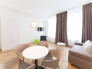 #08 Cube 70 - Dein stilvolles Altbauapartment in Wien (Large, Maximum 4 Pax)