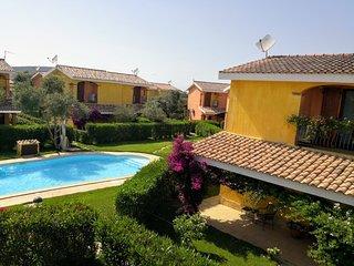 villa con piscina Porto Pino