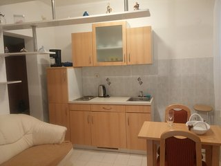 Holiday apartment '2', 1 km from the beach