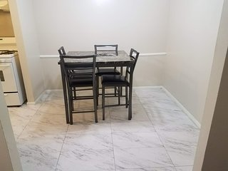 Chic 1 bedroom 1 bath Apt near Downtown Uptown Dallas