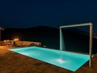 Andros Tessera Grand Villa