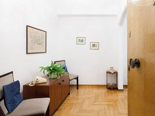 Beautiful apartment in the center of Athens -Megaro Mousikis