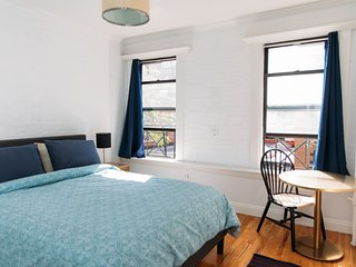 Marvelous 2BR 1BA in the center of Soho