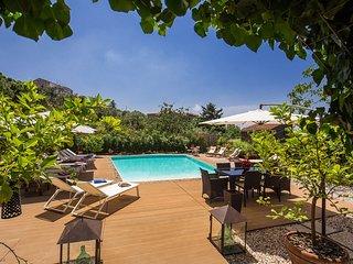 Villa Aqvara Luxury - Luxury charming and historical Italian Villa, View, Wifi,