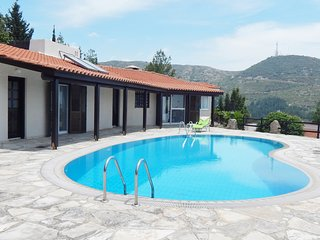 Beautiful 3 Bedroom Villa with Fantastic Views
