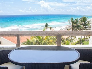 In Hotel Zone Superior Ocean Front with Balcony - 3603 at Rodero by Solymar