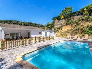 Catalunya Casas: Villa Massanet for 7 guests, just 13km to the beach!