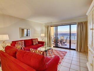 Emerald Towers Beach Resort 403