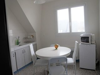 Appartement 2 chambres 4 personnes à 200 m de la plage - accès wifi