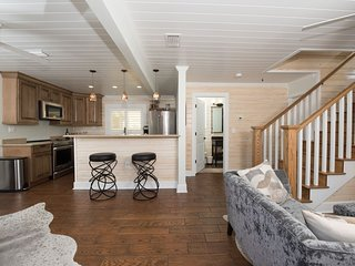 6West Luxury Beach Cottage #1