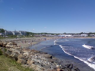 York Beach ME 100 ft to Ocean Nightly Rental or DEAL SPECIAL on Weekly Rental