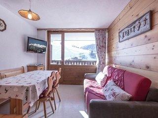 Esprit montagne, proche pistes, commerces, espace aquatique, garage