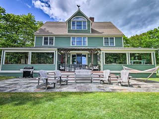 Spacious Home w/View - 2 Mi. to Goose Rocks Beach!
