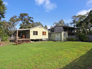 24 Sundew Street, Mudjimba - 500 Bond - Pet Friendly, Linen Supplied, WIFI