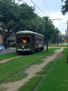 Only 3 blocks away from the streetcar lines!