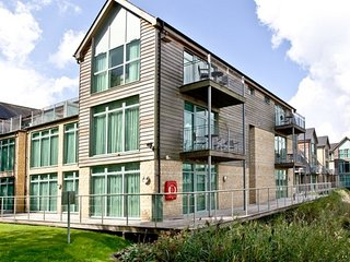 HIC09 Apartment situated in South Cerney