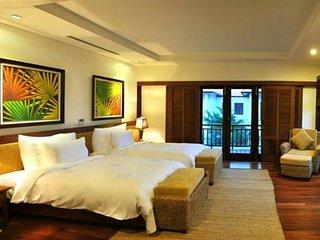 Goldsea 4BR Villa, Furama Villas Danang