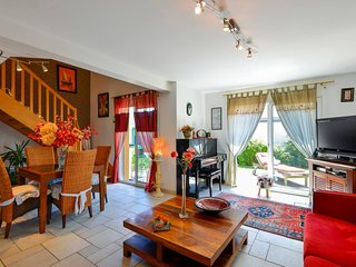 Pretty 3 bedroom house on the edge of the Ria d'Etel ...