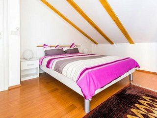 Rooms Raic - Studio Apartment  (Lavander)