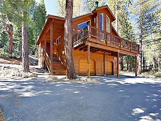 3BR Pine Forest House, Tahoe Donner- Access the Trout Creek Center Amenities!